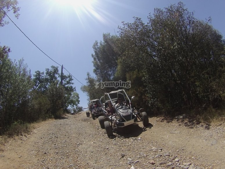 Ruta de aventura en buggy
