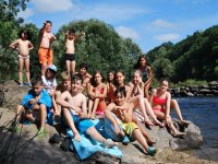 En el rio en el campamento de Negreira