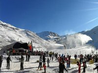 Accomodation 2 nights,breakfast+ski pass Astún
