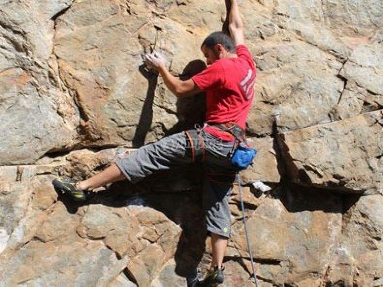 Learn the climbing skills