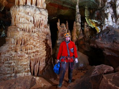 Espeología en la Cueva de la Galiana 2h 30 min