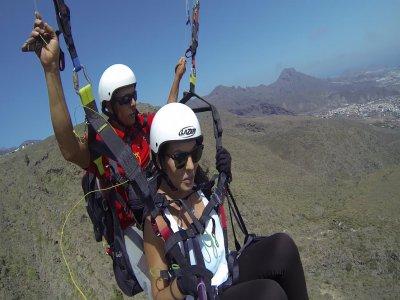 Paragliding in Valentine's Day + Transportation