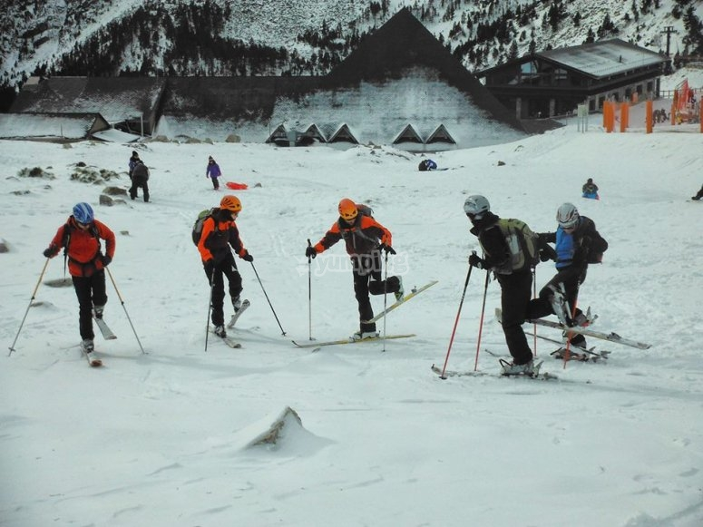 Ski outside the slopes in Gerona
