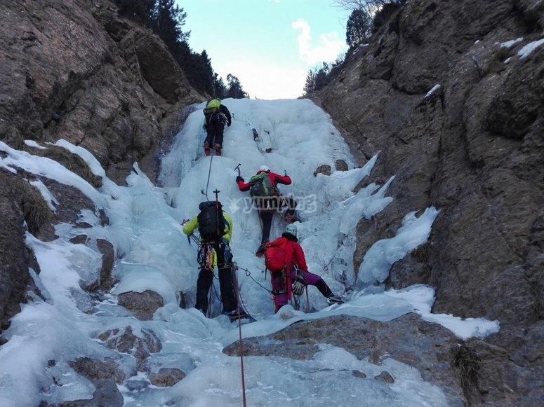 Ascension por el hielo en Gerona