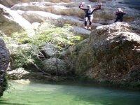 Salto desde Barranco