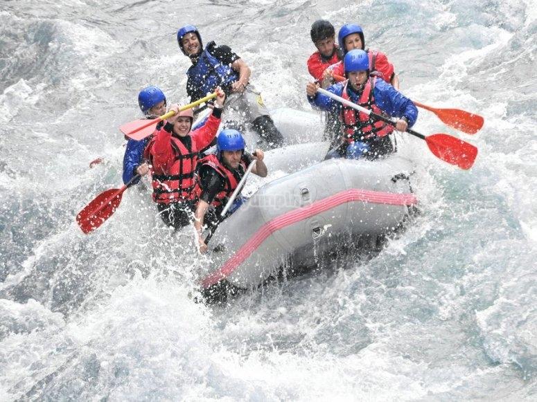 La mejor bajada del Río Sella en raft