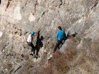 Asistencia del monitor en la roca
