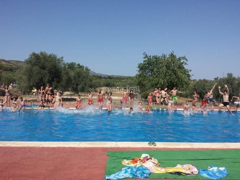 gran salto piscina