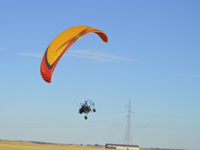 20 min paramotoring in Valladolid