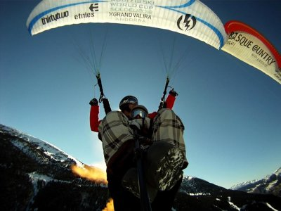 2-seater paraglider flight and video Biscay 20 min