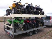 Disponemos de vehículos para transportar los quads