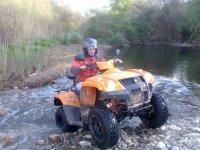 Con la moto quad