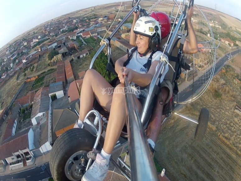 Flying on a paratrike
