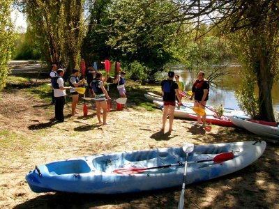 Stag/hen party  with kayak, bbq and open bar