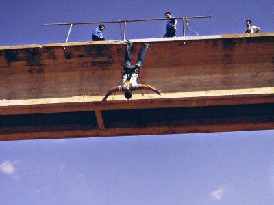 1 Salto de puenting a 24 metros en Fuentealbilla