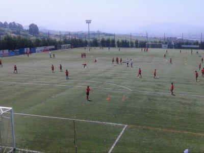 比斯开亚足球校园圣周第一班