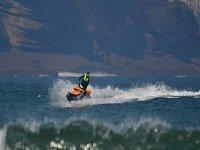 Accelerando nel Cantabrico con il jet ski