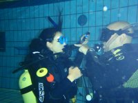 SCUBA review practice in a pool, Madrid