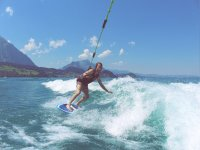 Advanced techniques on wakeboard
