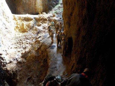 Senderismo subterráneo, espeleología, Viveda