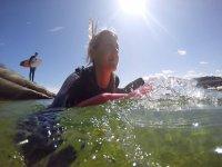 Disfruta del mar y el surf
