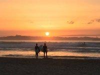 Disfruta del surf en las mejores playas