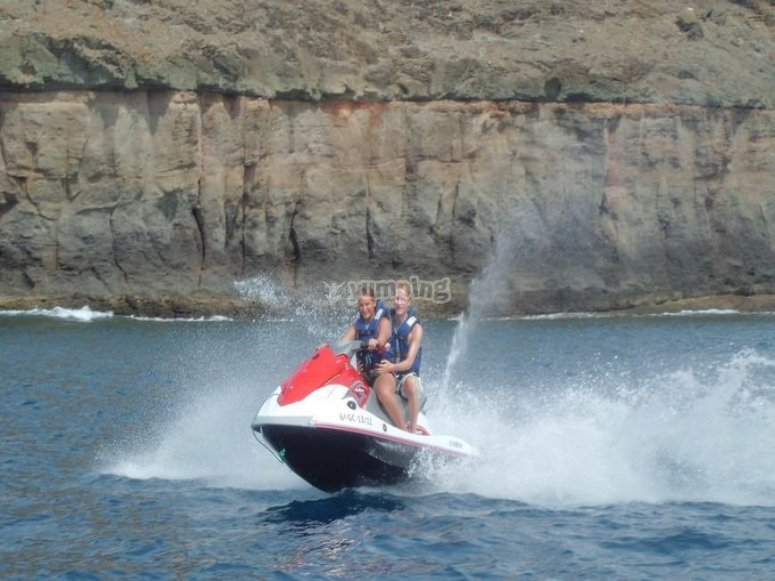 55 hp jet skis in Mogán