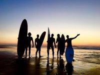 Ven a practicar surf con los mejores