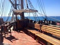 Detalles del barco en madera