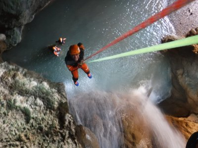 Medium Level Canyoning & Photos in Teruel 4 hours