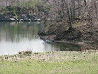 con la canoa en el rio