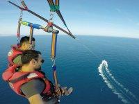 Vuelo en parasailing 15 minutos Barcelona