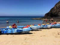 Kayaks en playa de Papagayo