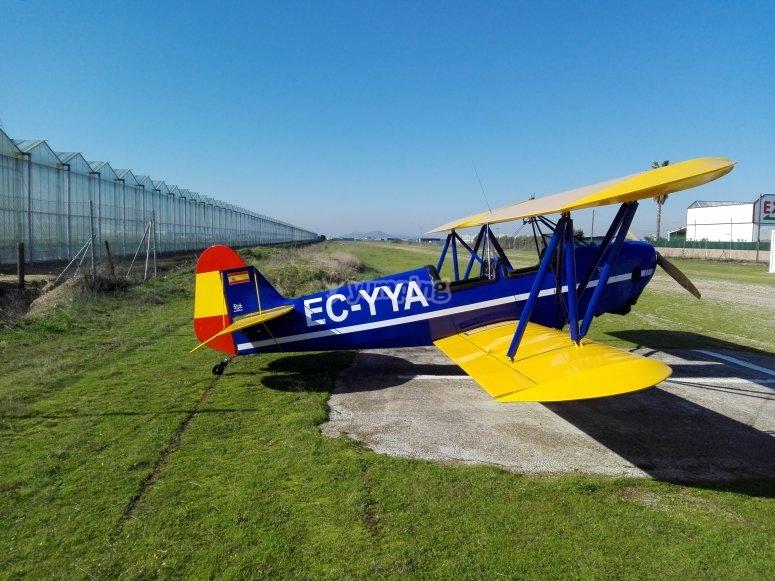 Pilota un aereo a Don Benito