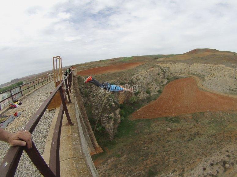 Salto dalla testa del ponte