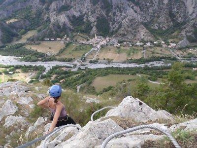Vía ferrata en montañas de Viveda, 5-6 horas