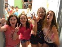 Chicas en campamento de Castellon