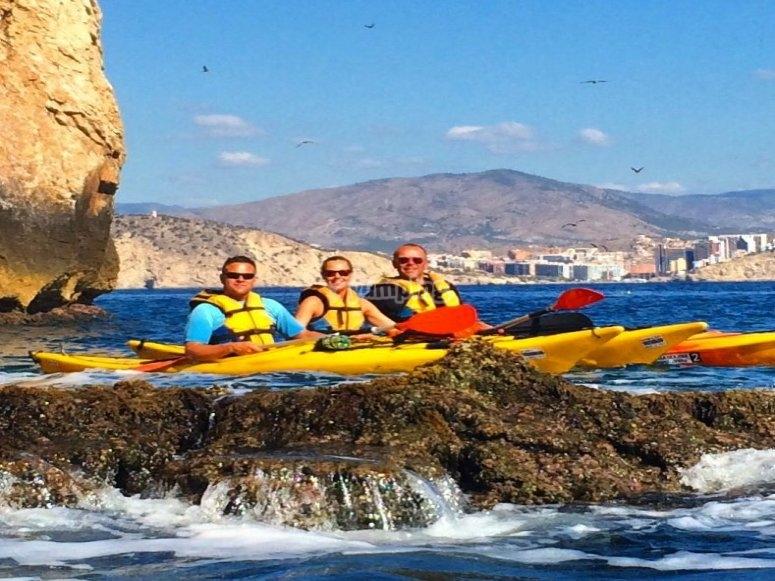 ruta en kayak por acantilados Benidorm