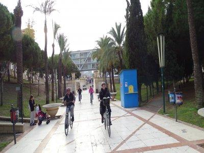 Giro in bici per la famiglia attraverso Rincon de Loix