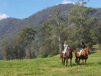 Ruta a caballo con dos personas