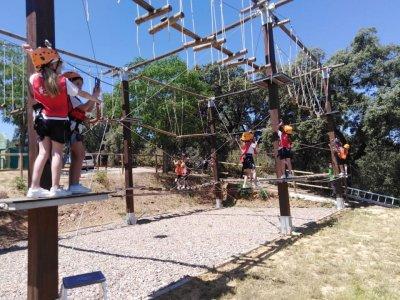 GRANJA AVENTURA EL RONQUILLO Parques Infantiles