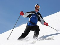 在阿尔卑斯山滑雪