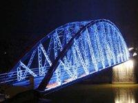 puente de luces