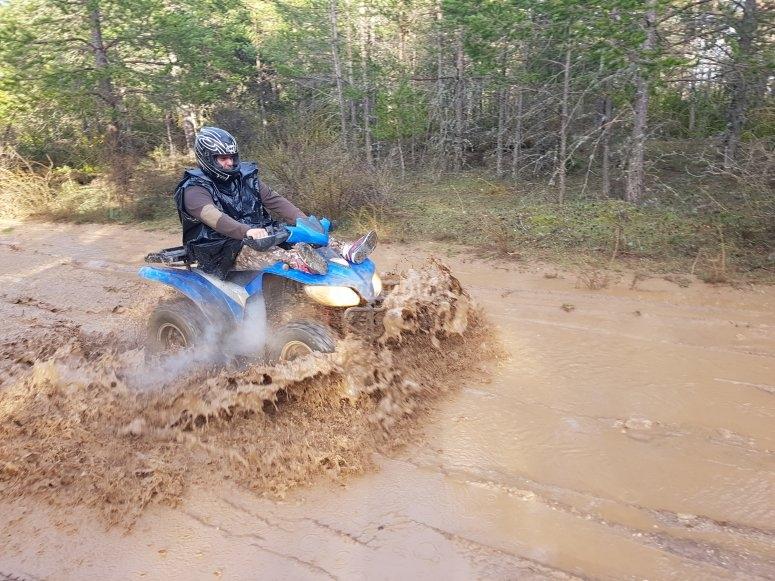 Quad nel pantano