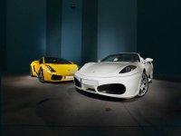 Blanco y amarillo deportivos