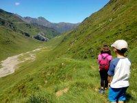 Peques en el Valle de Barroude