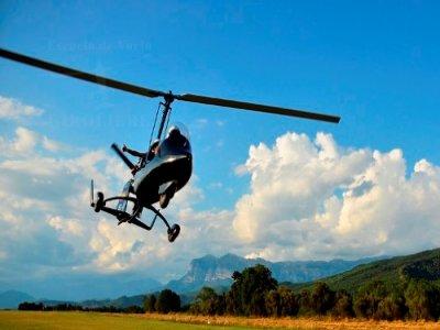 10 min beginners autogyro flight in Ainsa