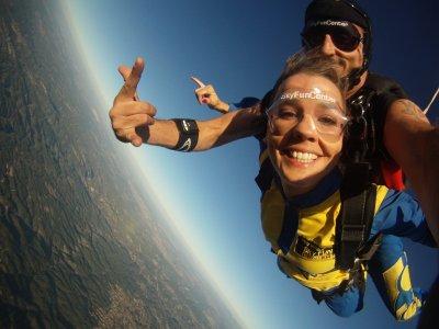 Salto en paracaídas + DVD en Braga, Portugal