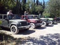 Descanso con los Jeeps