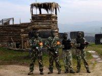 Soldati pronti per l'attacco